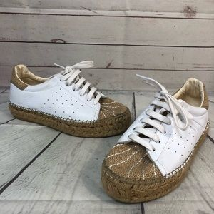 Vince Camuto 39 8.5 white leather burlap sneakers